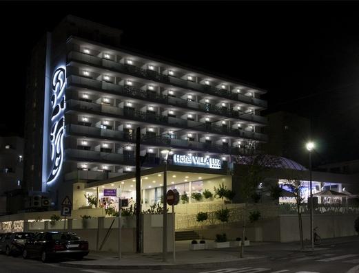 Fachada Hotel Villa Luz